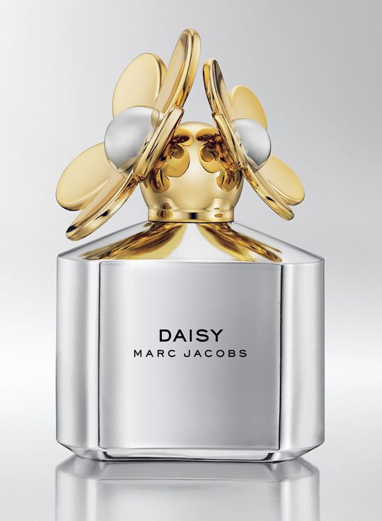 Cot001-03_com_marc-jacobs-daisy-edp-silver-edition11
