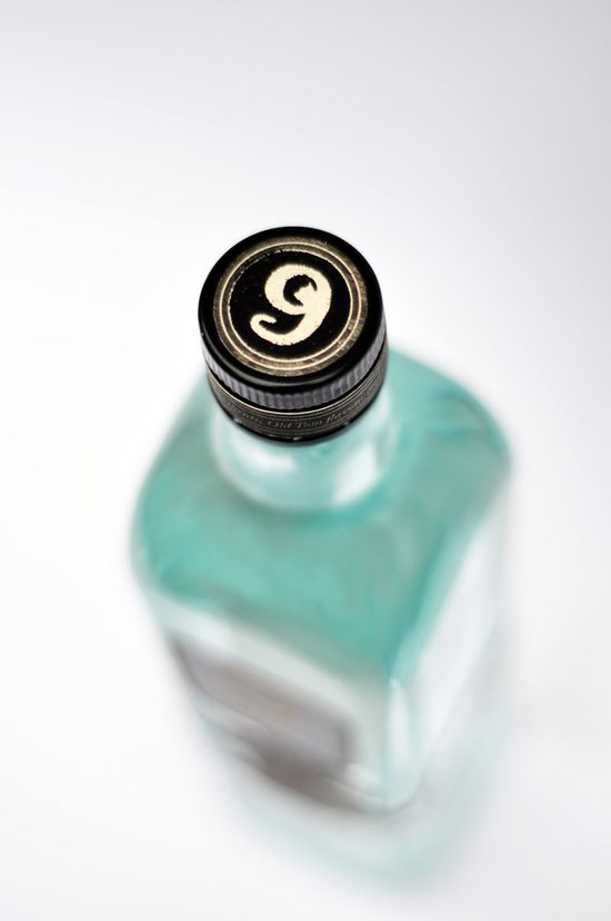 Gin lid